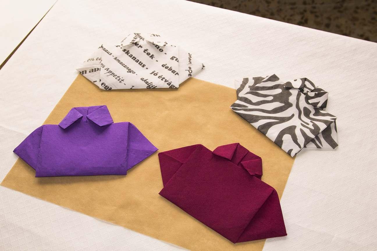 Decoración con servilletas de papel camisas de papel