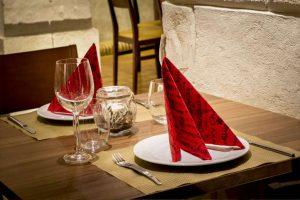 Tres formas para decorar tu mesa en Navidad
