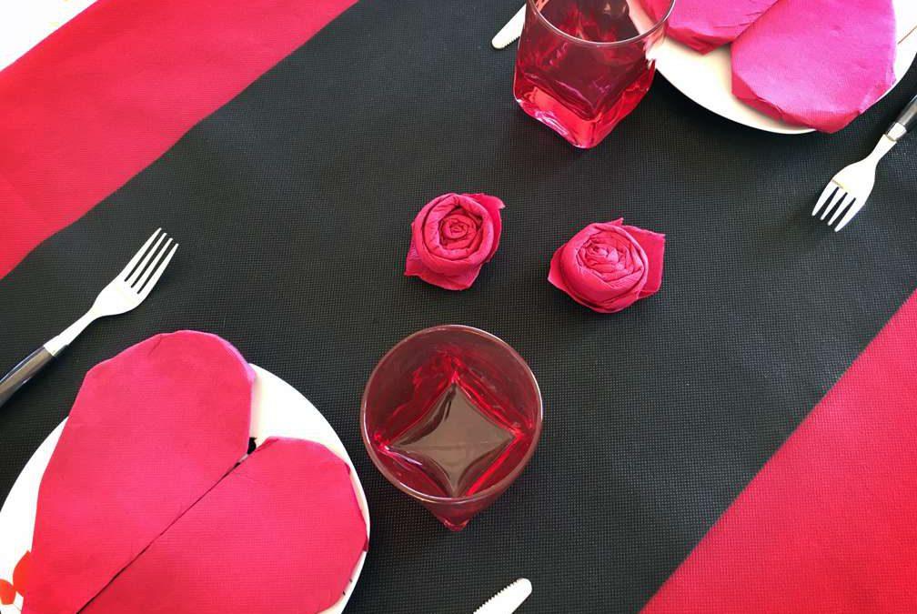 C mo hacer corazones y rosas de papel para san valent n - Como hacer adornos de san valentin ...