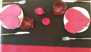 Corazones de papel para san valentin mesa decorada 3
